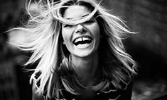 Неголливудская улыбка: звезды с кривыми зубами