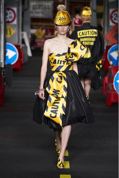 50 лучших платьев Недели моды в Милане | галерея [1] фото [10]