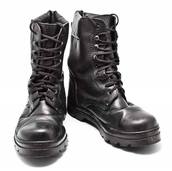 Восстановить цвет обуви