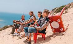 Масленица в небесах: новосибирцы устроили пикник в воздухе