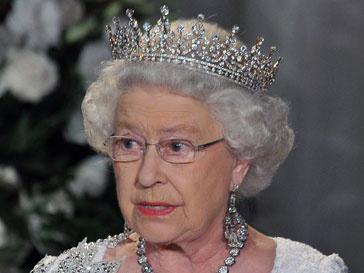 Елизавета II на обеде в правительстве Канады