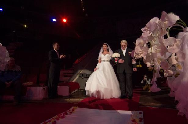 цирк, представление, новогодняя шкатулка, артисты, свадьба, магнитогорск