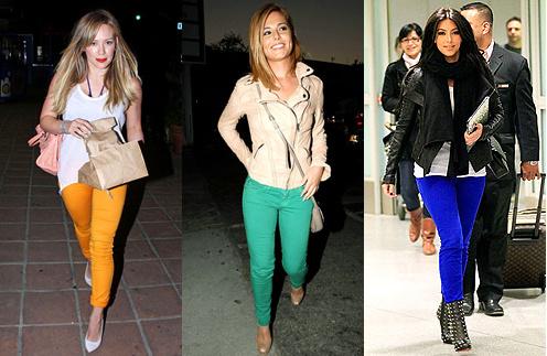 Разноцветные джинсы примерили такие звезды, как Ким Кардашьян и Шерил Коул.