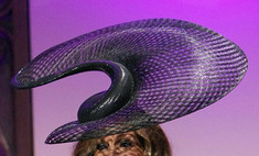 Звездный тренд: оригинальные шляпы
