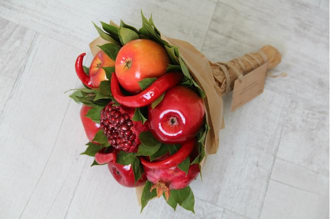 Возможность удивить: съедобные букеты из овощей и фруктов