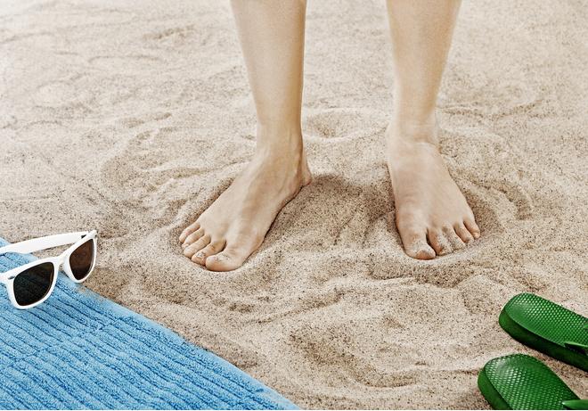 Симптомы грибка ногтей на ногах. Фото и лечение