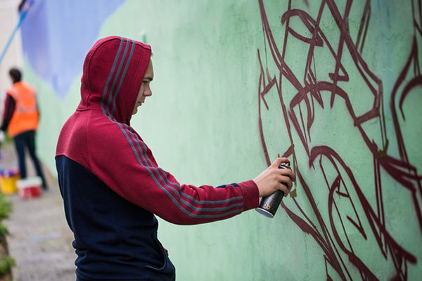Рисунки на стенах города
