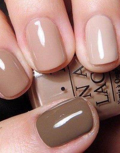 Покрытие для ногтей цвета nude