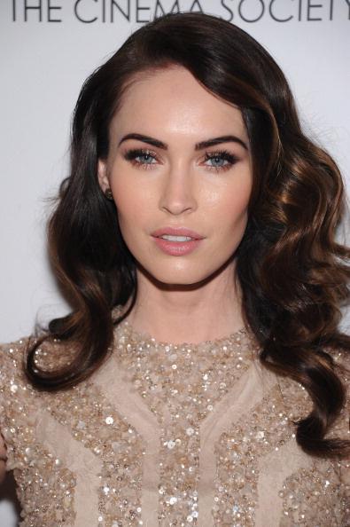 У актрисы Меган Фокс, по мнению многих стилистов, идеальная форма бровей