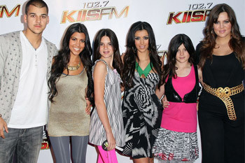Сестры и брат Ким Кардашиан: Роберт, Кортни, Кендалл, сама Ким, Кайли и Кло