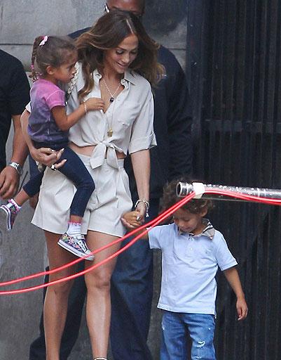 Дженнифер Лопес (Jennifer Lopez) с детьми