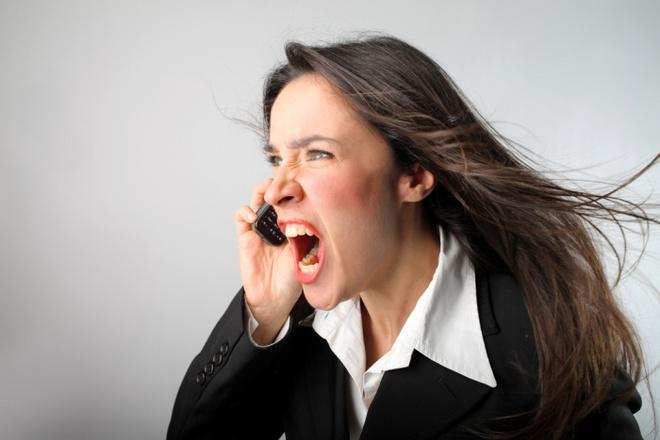 Видели ли вы себя в моменты ярости? Уверяю вас, что лицо становится настолько перекошенным, что даже взглянуть страшно.