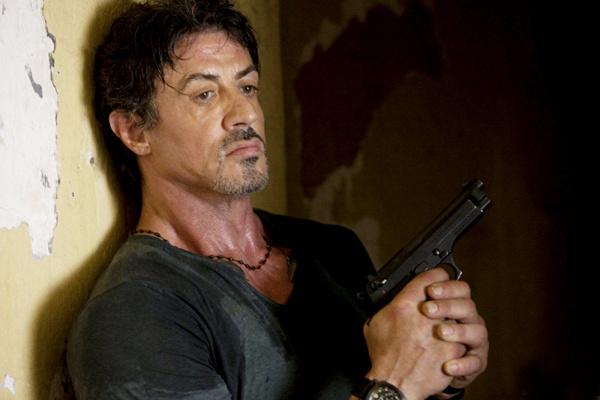 Убедиться в том, что актер в прекрасной форме, читатели журнала SLY Magazine смогут, посмотрев новый фильм с его участием.