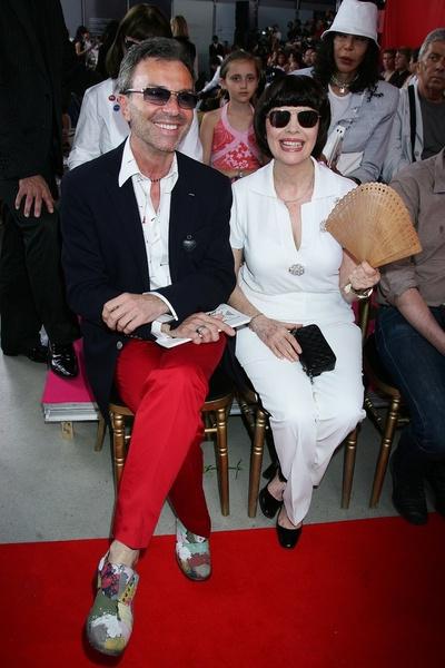 Оливье Эшодмэзон (Olivier Echaudemaison) и Мирей Матье (Mireille Mathieu) на показе Valentino