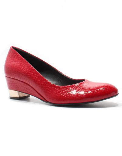 Туфли на среднем каблуке