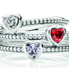 Ювелирная работа: 6 недорогих украшений к Дню влюбленных