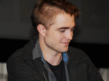 Роберт Паттинсон (Robert Pattinson) записывает дебютный альбом