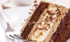 В Австрии появились торты со свастикой