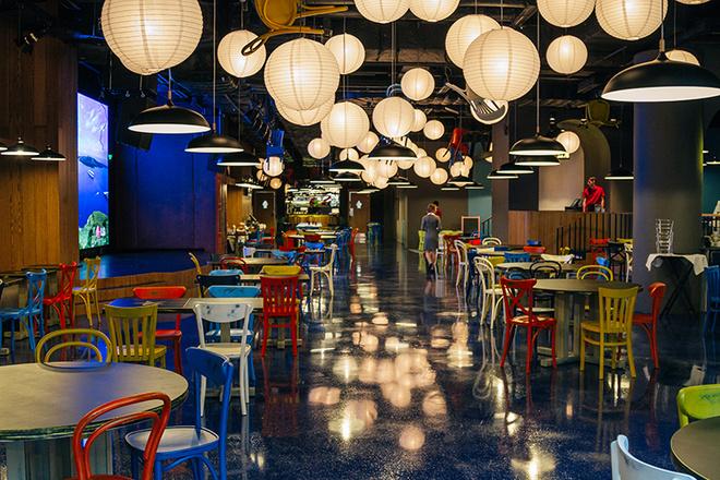 Смотреть секс в ресторане где могут участвовать посетители фото 497-332