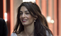 Жена Джорджа Клуни признана самой обворожительной звездой