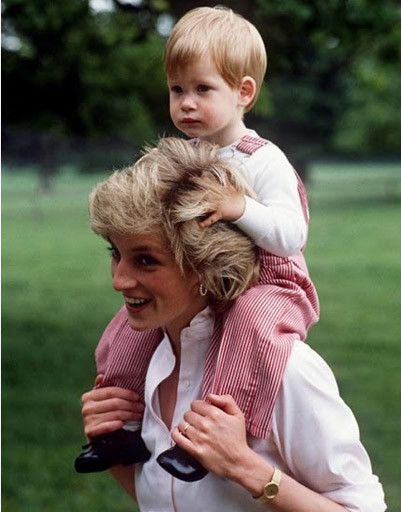 Принц Уильям (Prince William) с мамой Леди Дианой (Lady Diana)