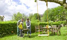 Садовый декор: красивые и полезные вещи для дачи