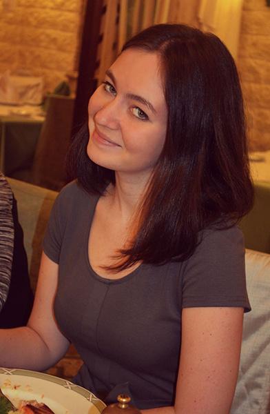 Юлия Непомнящая