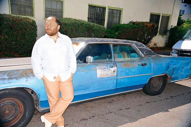 После работы Тимур любит прогуляться по Лос-Анджелесу.
