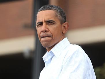Барак Обама (Barak Obama) не комментирует правонарушения брата своего отца, гражданина Кении Оньянго Обамы