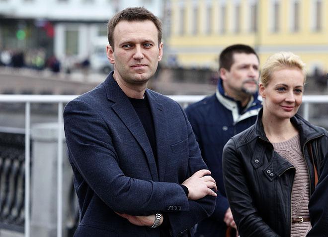 Алексей Навальный во время митинга на Болотной