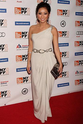 Бренда Сонг – звезда детского канала Disney, а также знаменитая актриса американских сериалов про подростков.