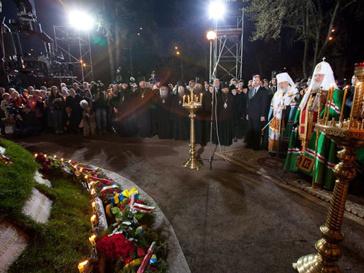 Панихида прошла у мемориала ликвидаторам аварии на ЧАЭС