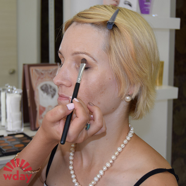 Анна Плотникова, макияж до и после, фото