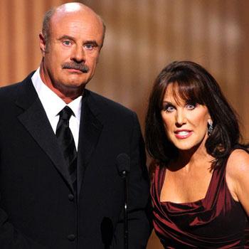 Доктор Фил МакГроу с супругой на сцене