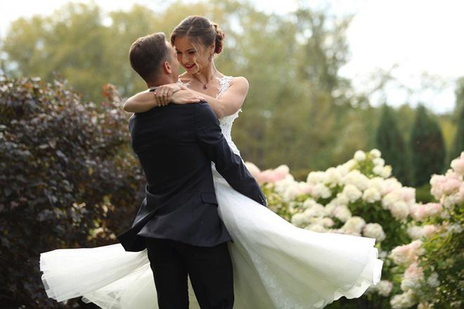 Как организовать яркую свадьбу, идеи, фишки