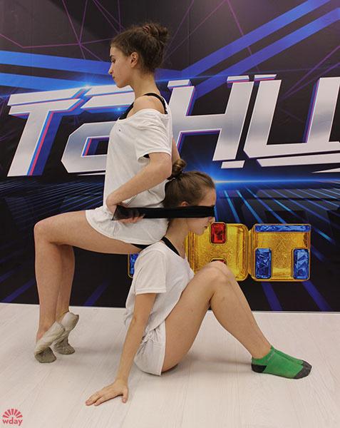 "Карина Мутабулина, Катя Щербакова, кастинг проекта ""ТАНЦЫ"", фото"