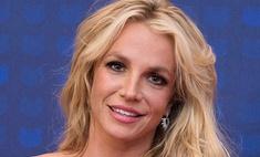 Психолог объяснил, почему Бритни Спирс ужасно выглядит на селфи