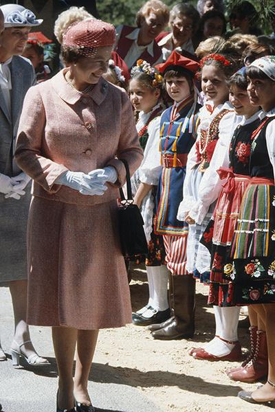 Елизавета II: фото