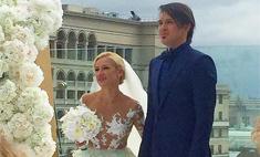 Татьяна Волосожар надела на свадьбу прозрачное платье