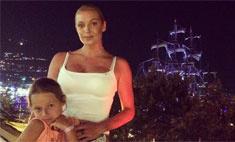 Волочкова выступает на подтанцовке у дочери