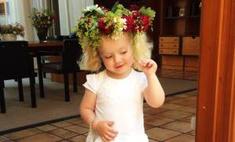 Мамина куколка: фанаты спорят, на кого похожа дочь Пугачевой