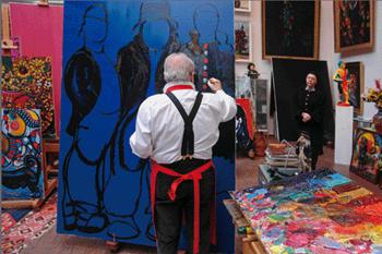 Зураб Церетели в своей мастерской
