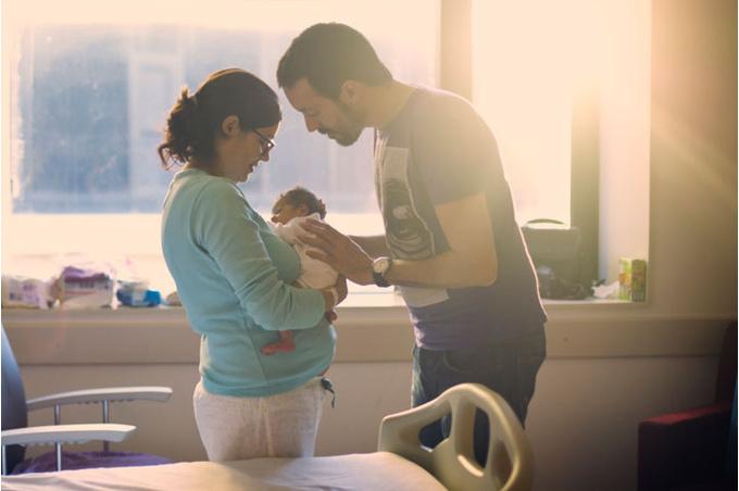 Родители с новорожденным