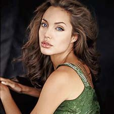 3. Актриса Анджелина Джоли