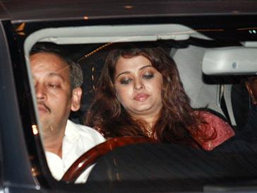 Айшвария Рай (Aishwarya Rai) не смогла вернуть идеальную форму после родов