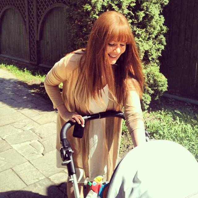 Мария Кожевникова показала ребенка