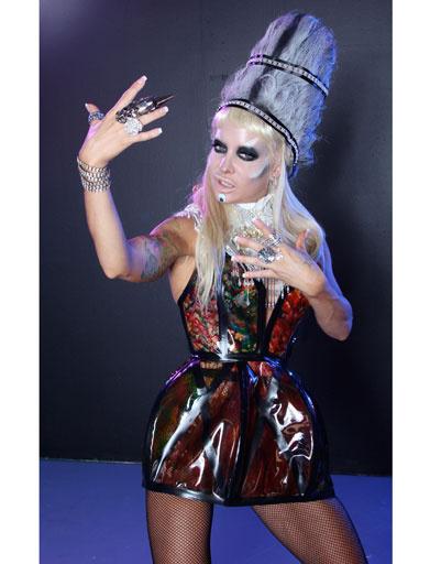 Хэлли Хэллфир (Helly Mae Hellfire) в роли Леди ГаГи (Lady Gaga)