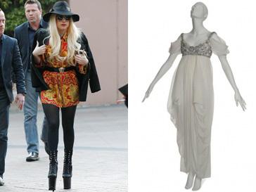 Леди ГаГа (Lady GaGa) сложно представить в этом нежном романтичном платье от Alexander McQueen