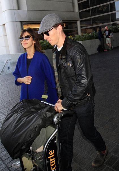 Бенедикт Камбербэтч и Софи Хантер в аэропорту Лос-Анджелеса