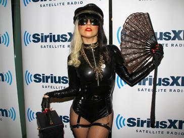 Леди ГаГа (Lady GaGa) решила объеденить всех своих фанатов в единой социальной сети